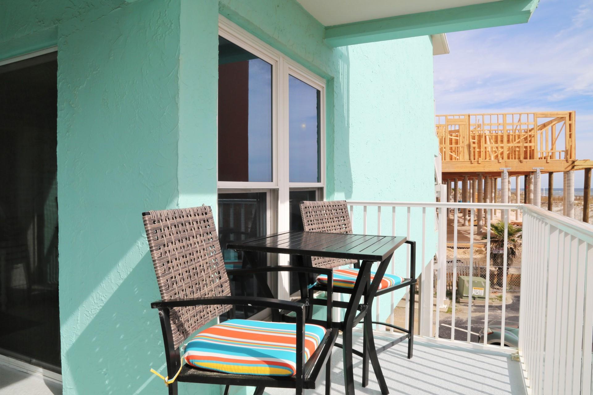 Harbor Huse B17 - balcony seating