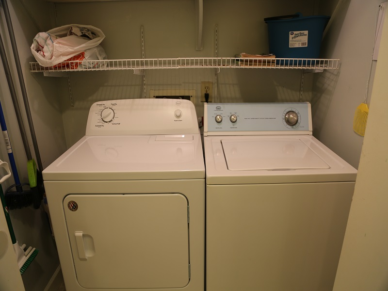 Sea Oats H102 - Full size washer/dryer
