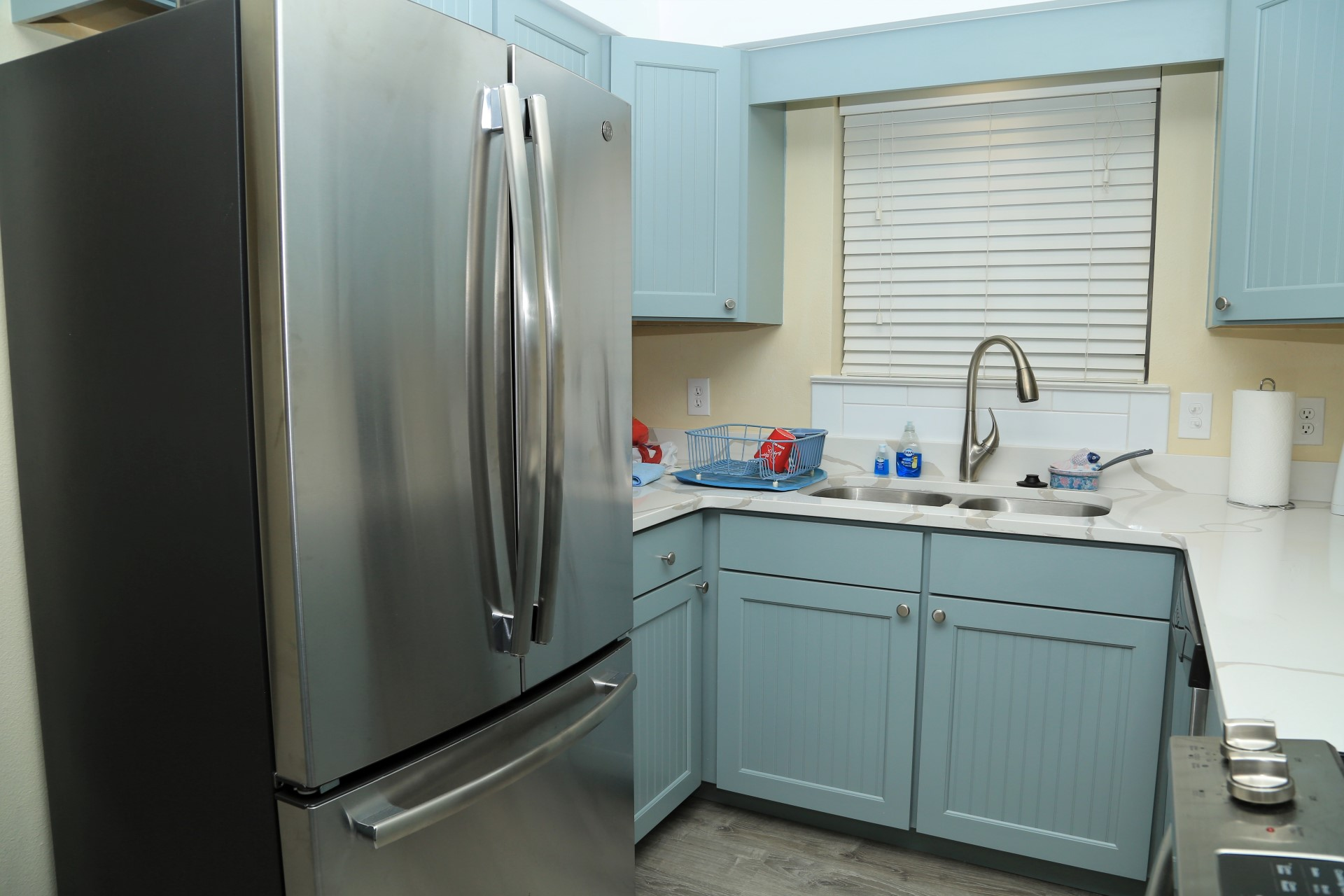 New, quality stainless steel appliances!