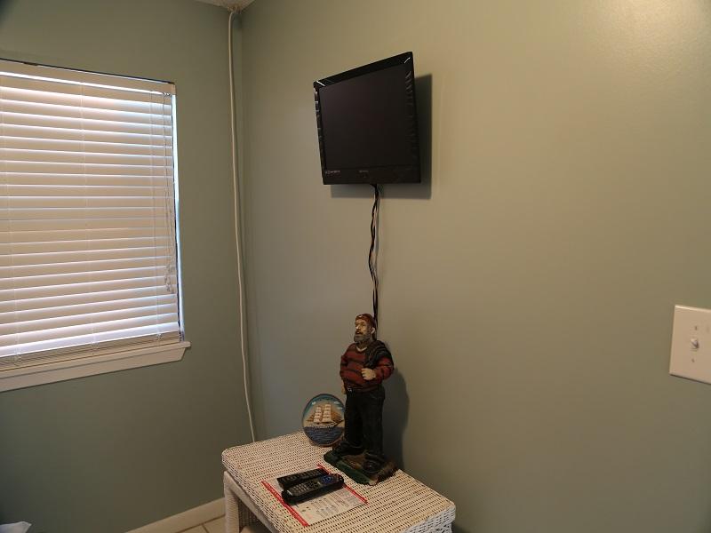 Third bedroom - TV