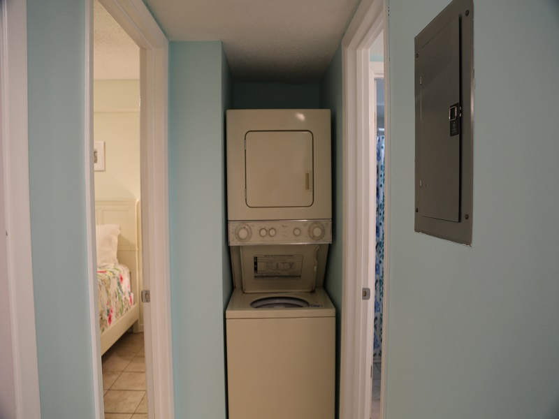 Sunchase 111 - Washer/Dryer in unit!