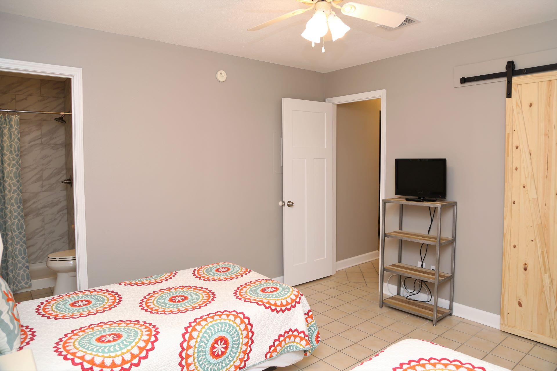 The second bedroom includes an en-suite bathroom.