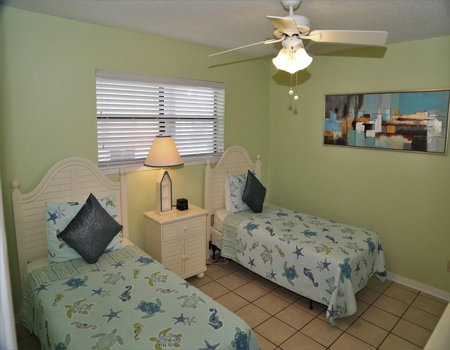 Bedroom 2 - Twins