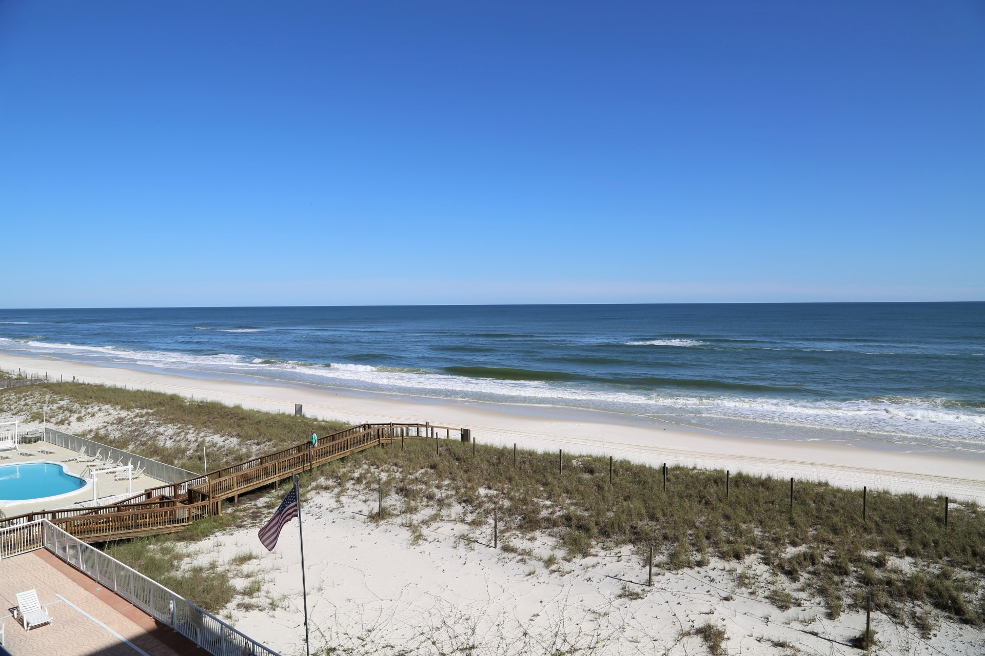 Prime, corner-unit offers amazing gulf front views sunrise t