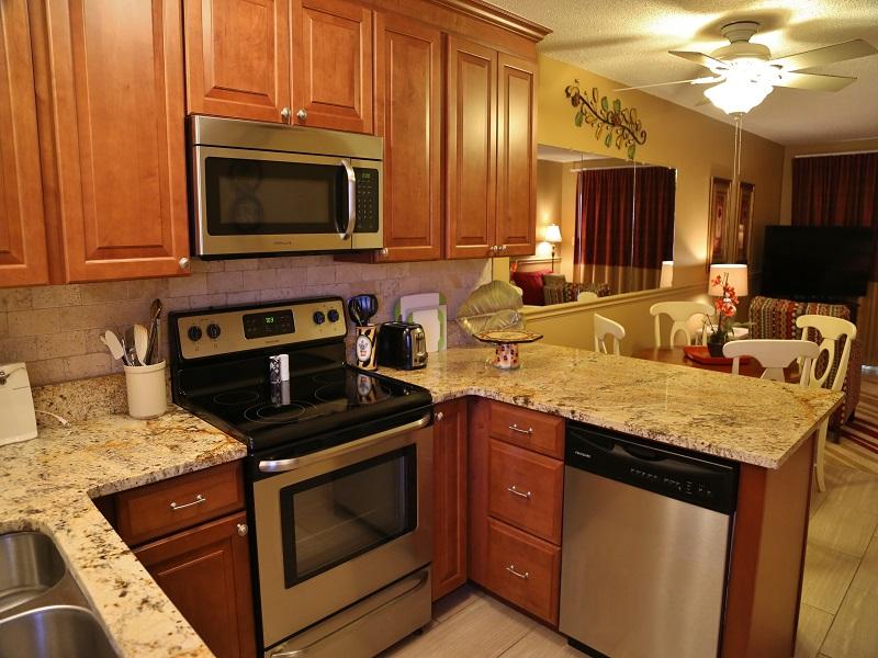 Harbor House B20 - Modern, stainless steel appliances