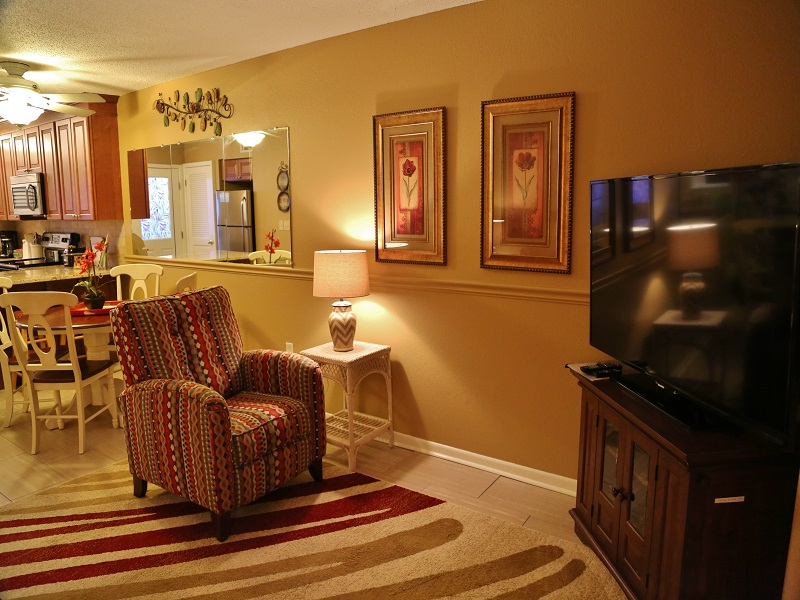 Harbor House B20 - Living room seating
