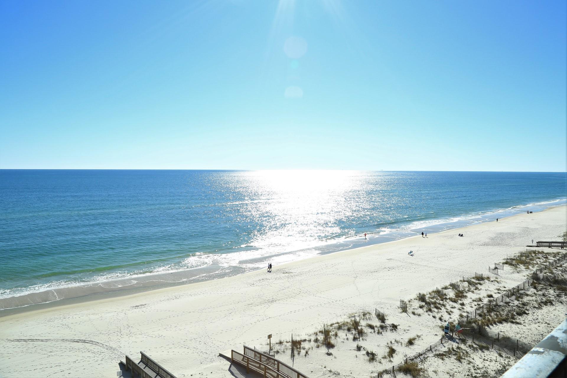 180 degree gulf front views.