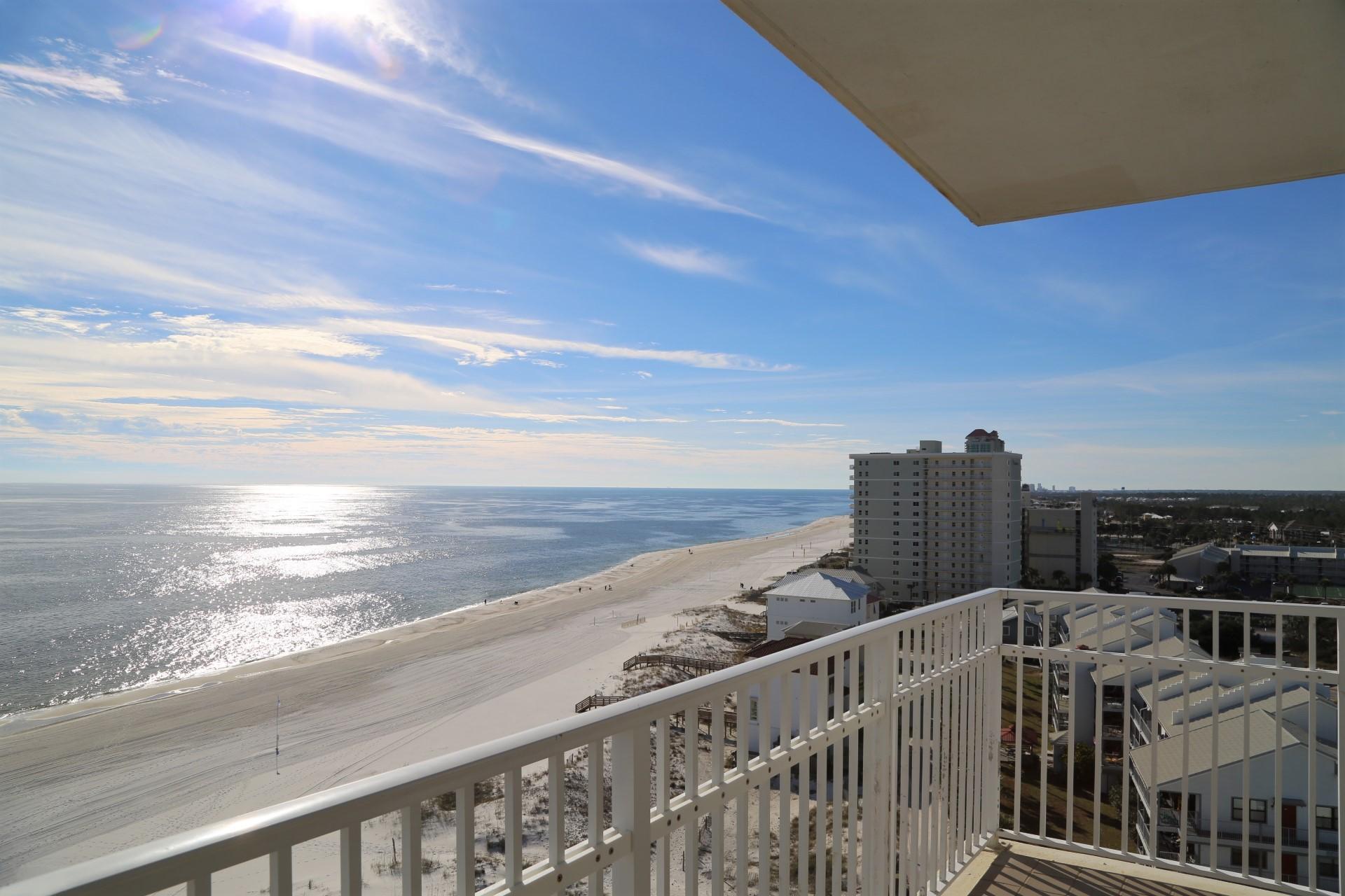 Gulf Front Panoramic views!