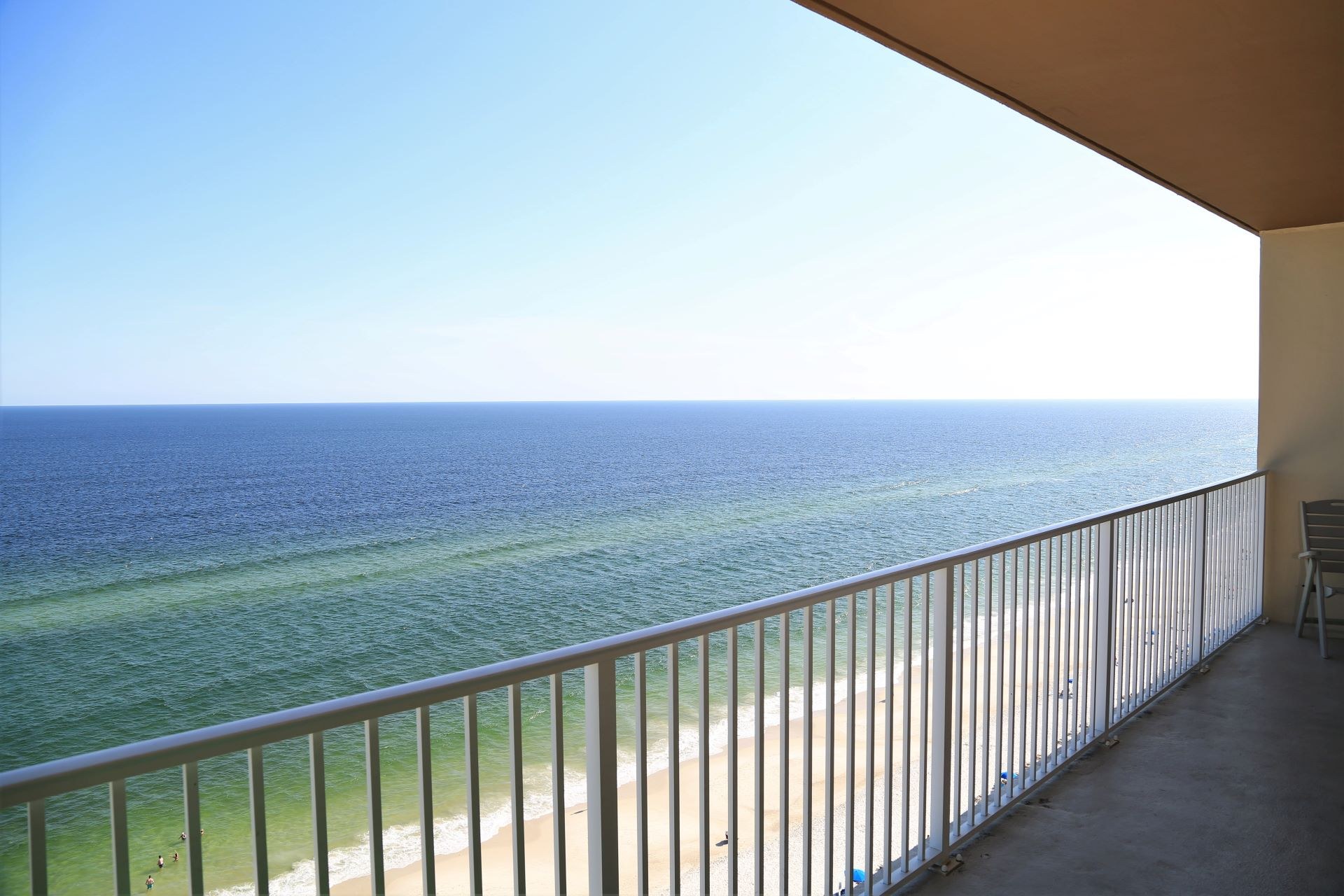 Gorgeous coastline views from gulf front balcony!