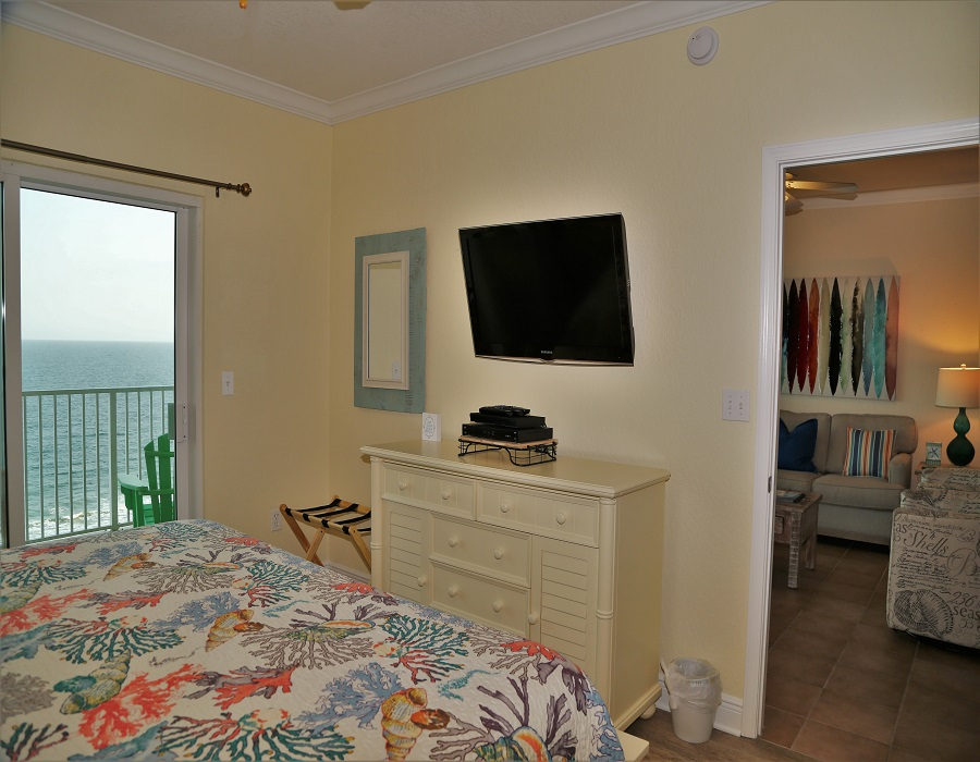 Crystal Shores West 905 - Master bedroom - TV