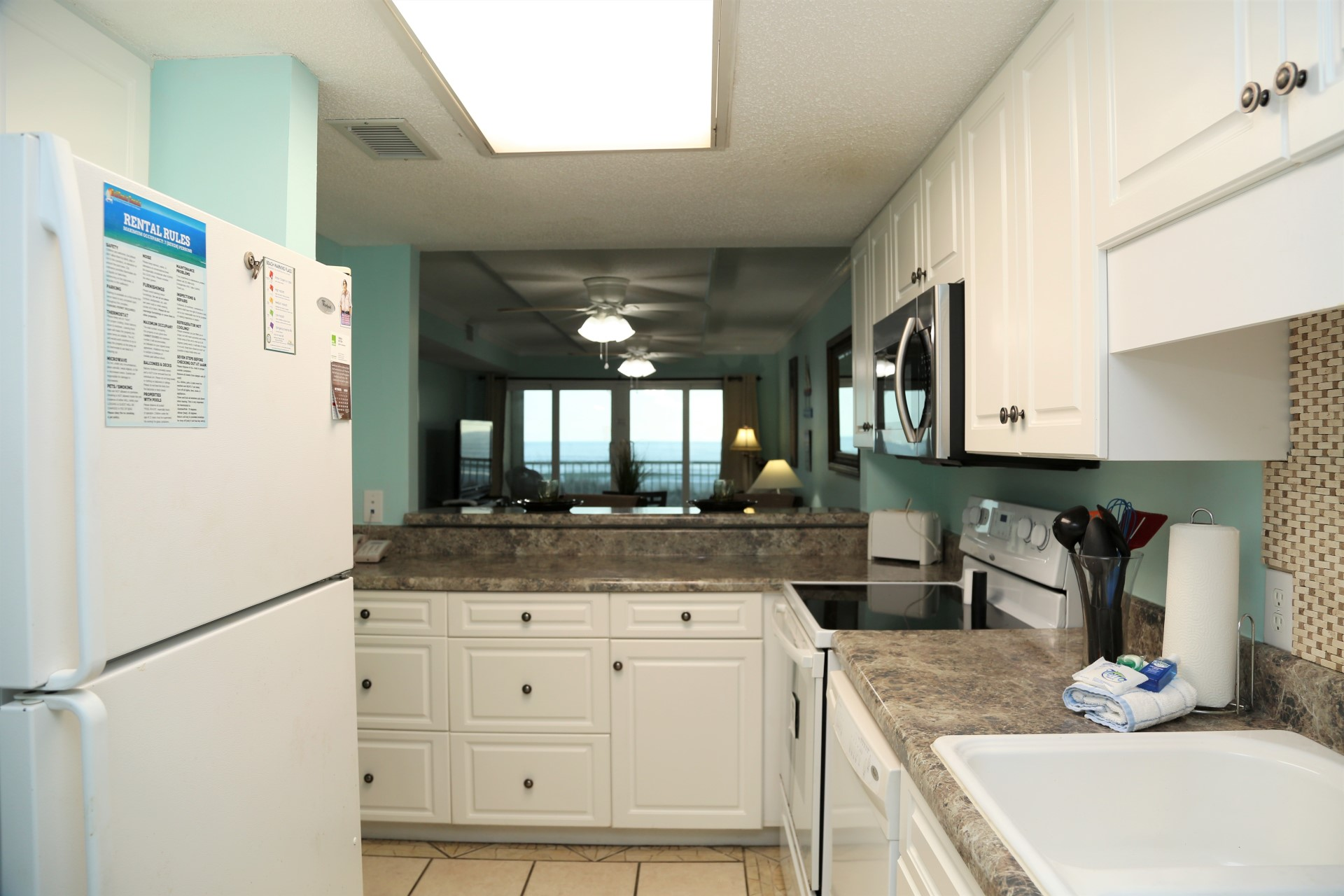 Castaways 1B - Fully equipped kitchen