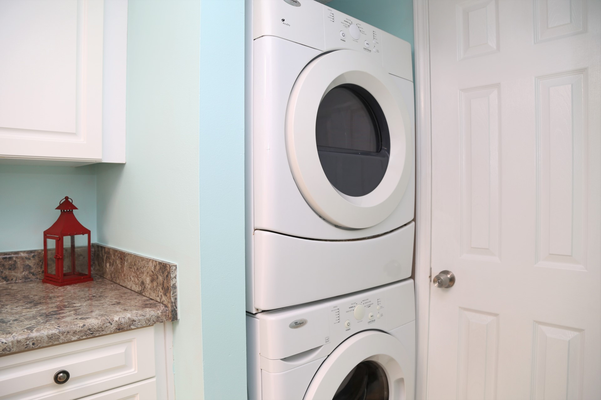 Enjoy the convenience of having your own washer & dryer!