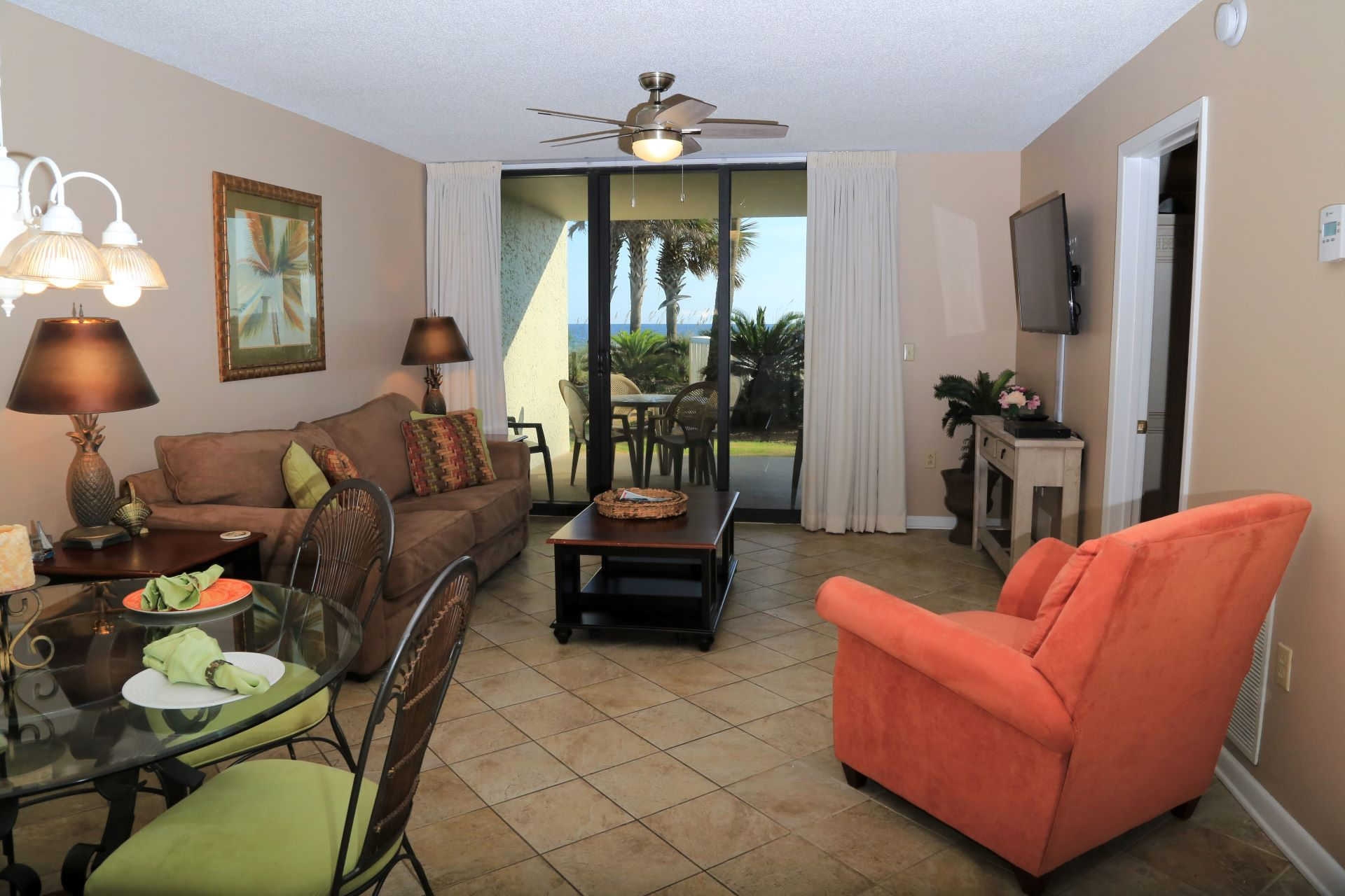 Living room with direct access to the private balcony!