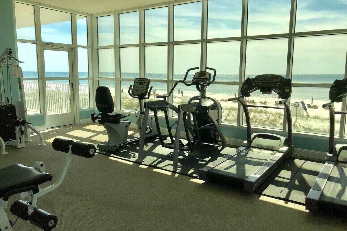 Fitness Center Crystal Shores 1006