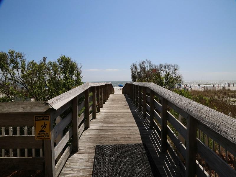 Path to beach!