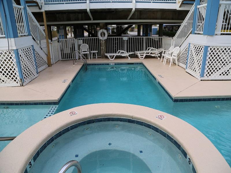 Hot and pool at Sunchase