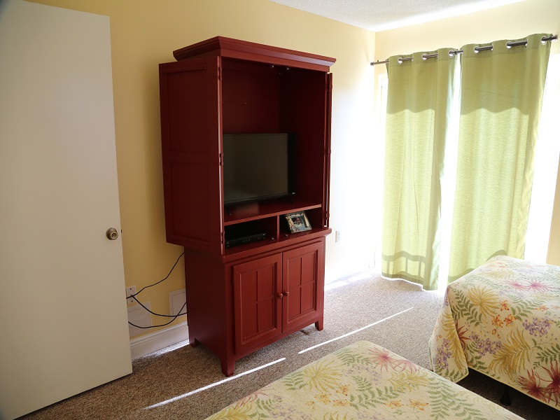 TV in 3rd Bedroom